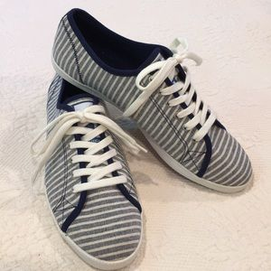 Nautical Lanyard sneakers NWOT size 9,5